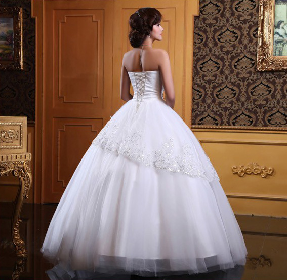 Wedding dress stores in chicago area for Wedding dress boutiques chicago